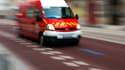 Dans l'attente des secours, un automobiliste a extrait cinq personnes d'une voiture en flammes. Une sixième, dans une seconde voiture accidentée, a été extraite par les pompiers (photo d'illustration).