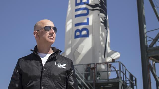 Jeff Bezos vend chaque année 1 milliard de dollars d'action Amazon pour financer son programme spatial.