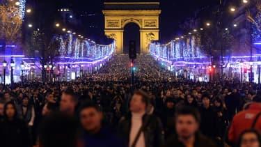 Le réveillon du 31 décembre sur les Champs-Elysées (illustration)