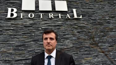 Le directeur général de Biotrial François Peaucelle lors d'un point presse devant son établissement