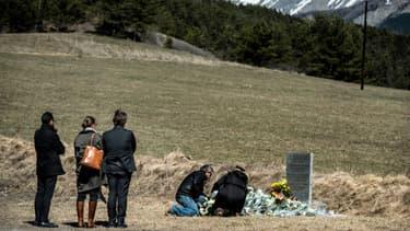 Une stèle a été installée dans le village de La Vernet en l'hommage des 150 victimes.
