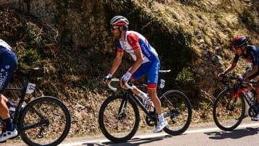 Thibaut Pinot lors de la cinquième étape du Tour des Alpes, le 23 avril 2021.