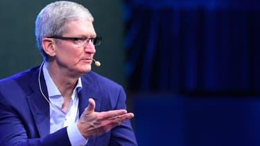A chaque intervention, Tim Cook, CEO d'Apple, jette des indices qui sèment le trouble chez les constructeurs automobiles.