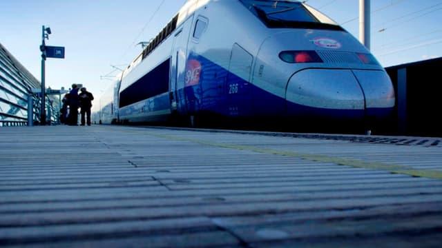 Mettre en place un modèle prédictif du niveau d'adhérence des roues dans trains sur les rails permettra à la SNCF d'anticiper les potentiels retards et de prendre des mesures en conséquence.