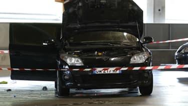 Après son évasion, Redoine Faïd et ses complices ont utilisé cette voiture qui a été retrouvée dans le parking d'un centre commercial d'Aulnay-sous-Bois, en Seine-Saint-Denis