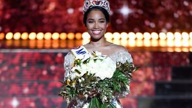 Clémence Botino, Miss France 2020