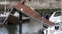 La Rochelle. Le bilan provisoire de la tempête Xynthia passée dans l'ouest de la France dimanche est de 47 morts /Photo prise le 28 février 2010/REUTERS/Brigade des pompiers/Sylvain Roussillon