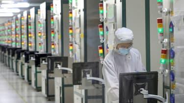 Une usine chinoise de semi-conducteurs à Nantong.