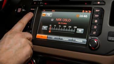 Seules un tiers des voitures individuelles de Norvège peuvent aujourd'hui recevoir la RNT.