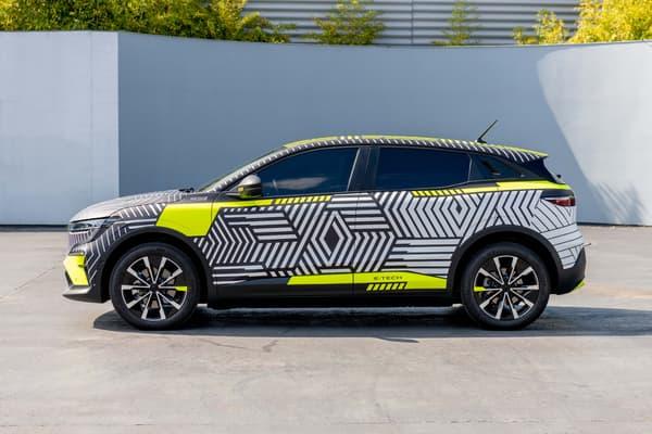 La nouvelle Mégane disposera d'une autonomie jusqu'à 450 kilomètres.