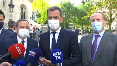 Le ministre de la Santé, Olivier Véran, lors d'un déplacement le 15 juin 2021.