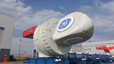 La première nacelle assemblée par GE Renewable Energy est sortie de l'usine de Montoir-de-Bretagne pour le futur parc éolien en mer de Saint Nazaire.
