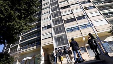 L'immeuble, situé à Mandelieu-La-Napoule où le jihadiste avait trouvé refuge, avait été perquisitionné par la DCRI le 17 février.
