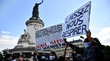 Manifestation en mémoire de George Floyd, place de la République à Paris, le 9 juin 2020