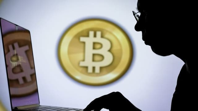 Le bitcoin chute sous les 30.000 dollars