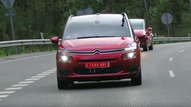 La C4 autonome de Citroën a déjà roulé plus de 10 000 kilomètres sur les routes de France.