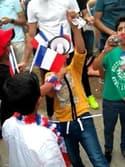 Les réfugiés syriens des Izards à Toulouse, supporters des Bleus - Témoins BFMTV