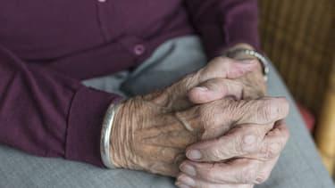 Un couple meurt à quelques heures d'intervalle après 64 ans de mariage