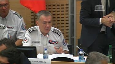Alain Gibelin, le directeur de l'ordre public et de la circulation, devant la commission d'enquête parlementaire.