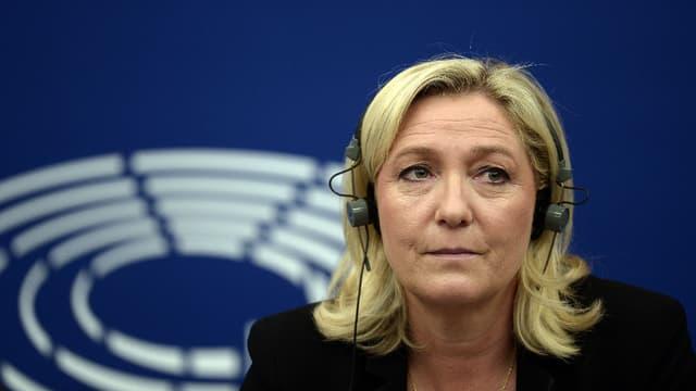 Marine Le Pen au Parlement européen le 10 juin 2015