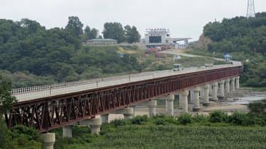 Le pont séparant la ville de Hunchun en Chine de la Corée du Nord