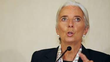 Christine Lagarde appelle les banquiers centraux européens à agir.