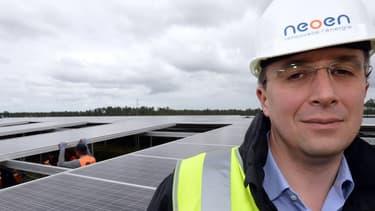 Neoen exploite déjà une vaste centrale photovoltaïque à Cestas en Gironde (33) et construit un site de stockage d'électricité sur batterie au sud du département des Landes (40).