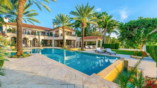 Jennifer Lopez vient d'acheter cette superbe villa à Miami Beach