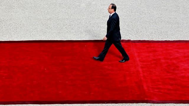 François Hollande est issu de la promotion Voltaire de l'ENA en 1980