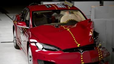 La bonne réputation de la Model S en termes de sécurité est mise à mal par ce récent crash test