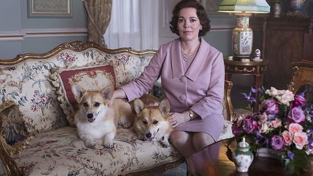 Olivia Colman dans le le rôle d'Elizabeth II dans The Crown, saison 3.