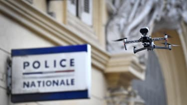 Un drone de la police, durant le confinement à Marseille.