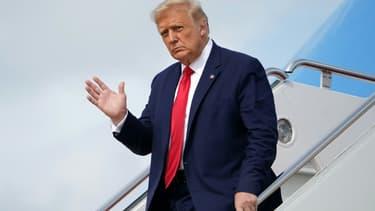 Donald Trump quitte Air Force One sur la base d'Andrews près de Washington le 2 septembre 2020