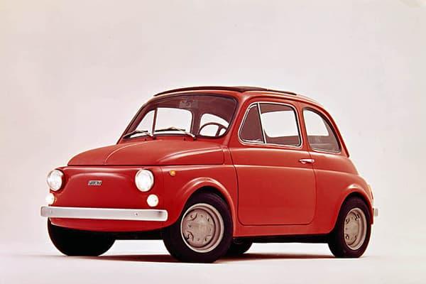 Une photo publicitaire pour la Fiat 500 R