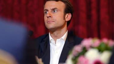 Emmanuel Macron estime que Berlin doit investir autant que la France économise, soit 50 milliards d'euros.