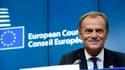 """Donald Tusk affirme aux migrants économiques que venir """"ne servira à rien""""."""
