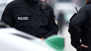Policiers allemands. (illustration)
