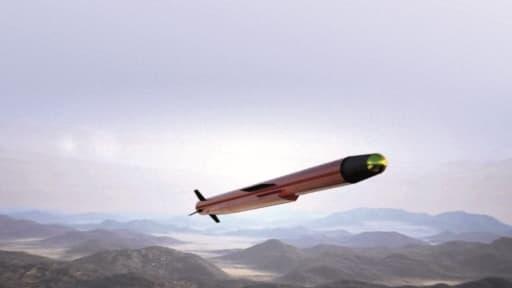 Un missile Hoplite, de MBDA, capable de frapper des cibles terrestres à longue distance depuis la mer.