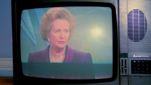 Margaret Thatcher, encore Premier ministre, à la télévision en 1990.