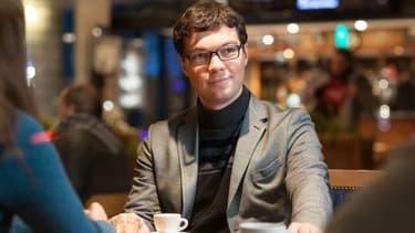A 28 ans, Dimitri Sydor va défier l'ancien ministre François Baroin dans la ville de Troyes.