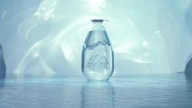 D'une contenance de 20 cl, la goutte d'eau d'Evian sera commercalisée un euro.