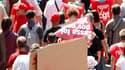 Manifestation à Strasbourg contre la réforme des régimes de retraite. Après la mobilisation massive jeudi contre le projet gouvernemental, les syndicats français entendent maintenir la pression durant l'été et durcir la résistance à la rentrée. /Photo pri