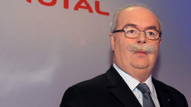 Le président de Total, connu pour son franc-parler, a trouvé la mort dans un accident d'avion, ce mardi.