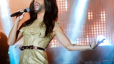 Conchita Wurst, se produisant en juin 2014 à la gay pride de Stockholm.