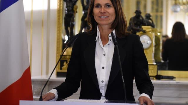 """Aurélie Filippetti estime qu'il faut mettre en place une VIe République """"avec une répartition moins monarchique du pouvoir""""."""