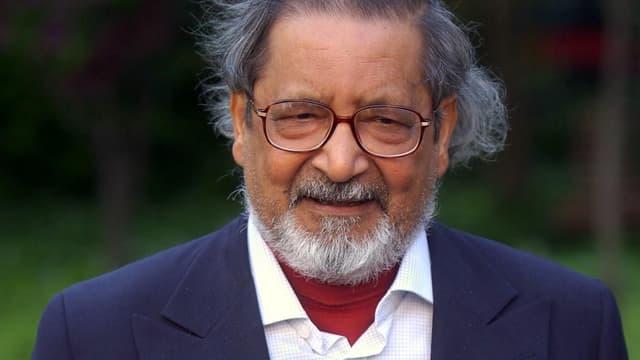 L'écrivain britannique Vidiadhar Surajprasad Naipaul à Madrid en 2002