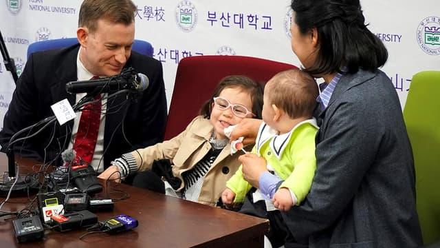 La famille Kelly lors d'une conférence de presse à Busan, en Corée du sud, le 15 mars.