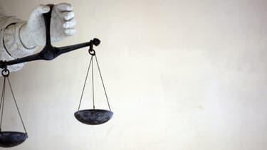 Le procès, qui se tient depuis jeudi devant la cour d'assises de l'Allier à Moulins, doit durer jusqu'au vendredi 28 février.