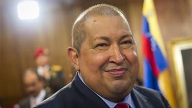 """Le président vénézuélien Hugo Chavez, réputé pour ses excentricités, est l'un des personnages d'une crèche installée pour les fêtes dans le centre de Caracas. Pour faire bonne figure, la crèche """"chaviste"""" compte aussi une réplique de Simon Bolivar, le lib"""