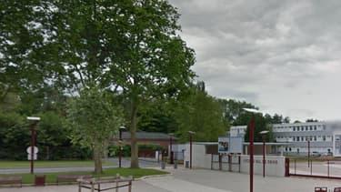 Photo d'illustration. Le lycée de Grand-Quevilly, près de Rouen.